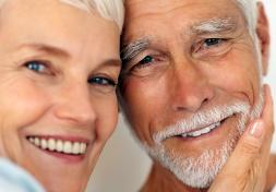 Cosa dobbiamo fare per evitare di perdere i denti.