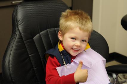 La tecnica sedativa parla dell'amore che il dentista ha per i suoi piccoli pazienti da zero a novantanove anni e per la sua professione.