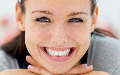 Togliere i denti infetti e rimettere i denti che mancano può addirittura allungare la vita