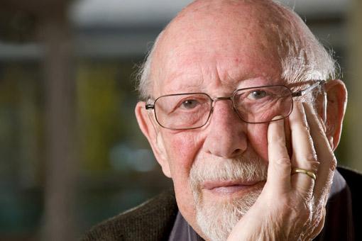 La perdita dei denti negli anziani è legata al declino fisico e mentale