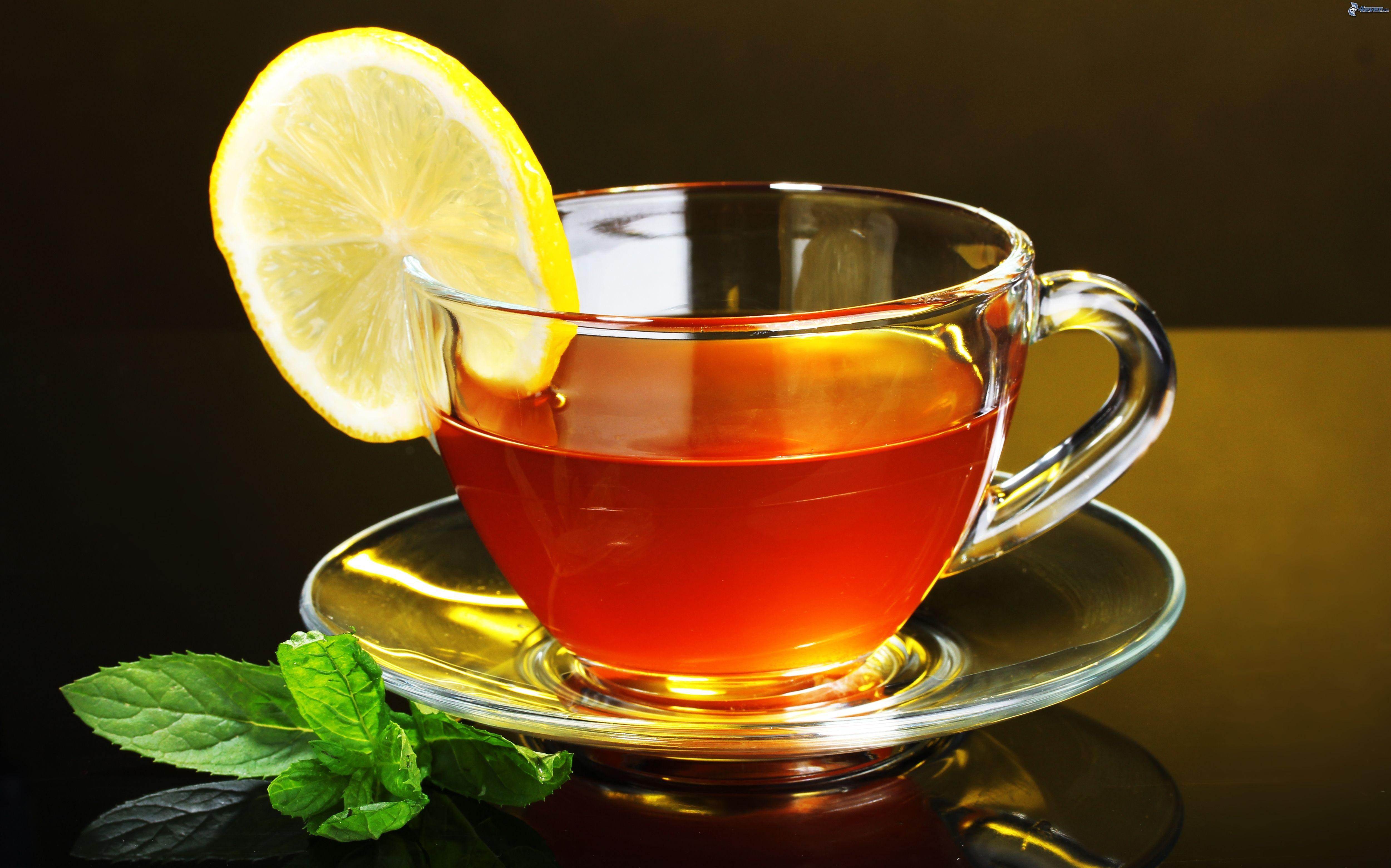 Il tè arricchisce il fluoro dei denti